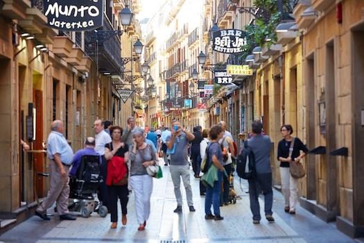 サンセバスチャンのバル街