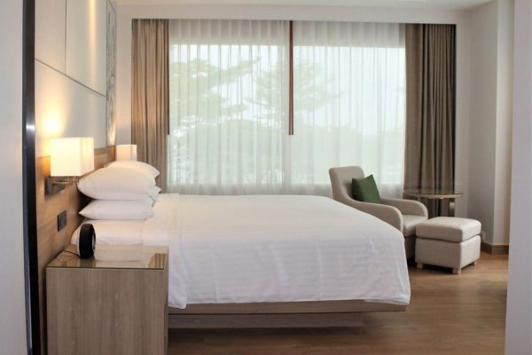 ASQホテル滞在中の過ごし方、食事内容やエンタメなど